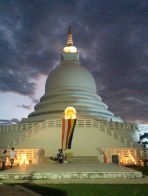 Atardecer Japanese Peace Pagoda 3
